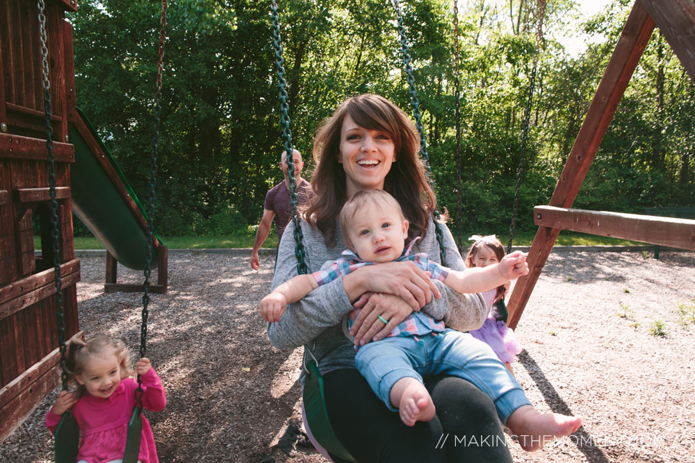 Family photographer near Avon Ohio